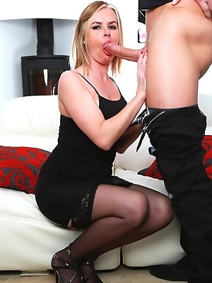 Cougar Summer Rose Gets a Big Facial