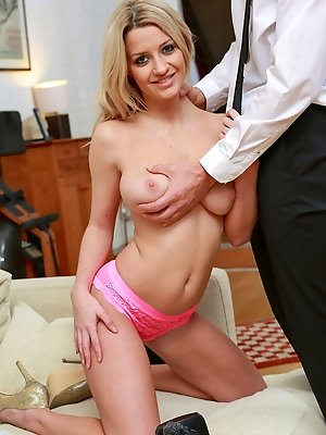 Blonde and busty Sienna Day is a lucky girl