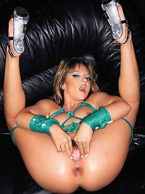 Lexi Love gets a black cock inside her ass