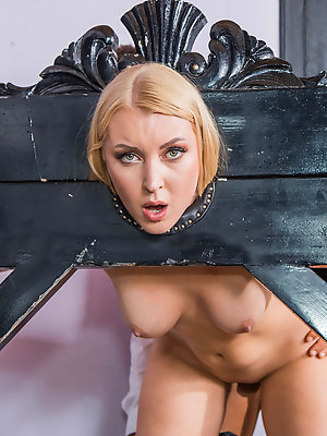 Beautiful Amaris and her Surprsingly Filthy BDSM Fantasy